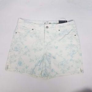 Artisan NY Floral Shorts Sz 10 White G6